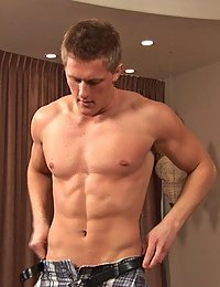 Muscle Hunk Mac (Sean Cody)