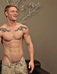 Muscle Hunk Nolan (Sean Cody)